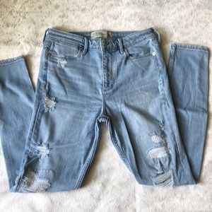 Abercrombie & Fitch high rise jeans 👖
